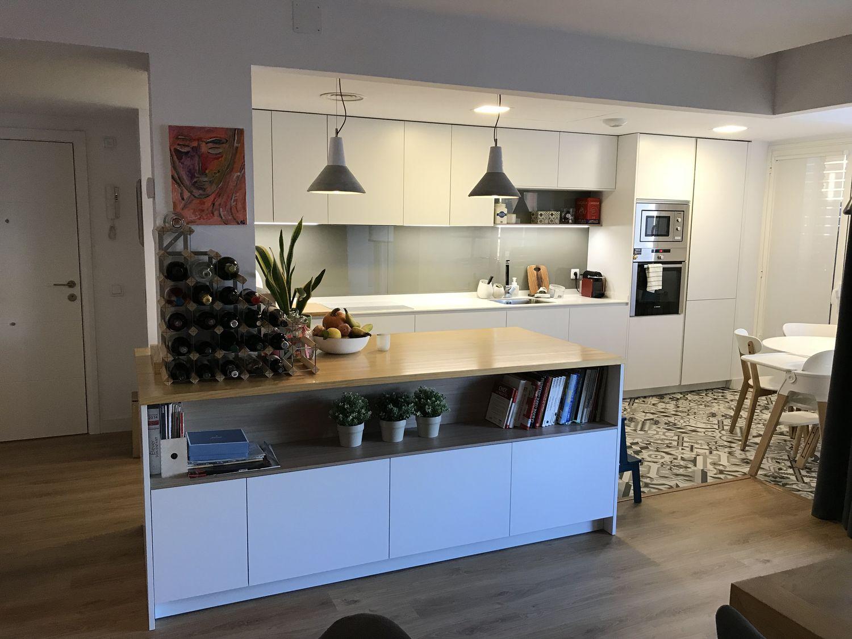 Reforma de una cocina Dica modelo Gola 45º Blanco Polar en Mirasierra