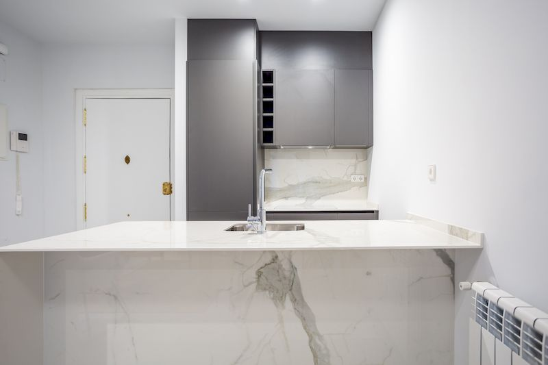 Reforma cocina y baños Dica en una promocion de viviendas en Nuñez de Balboa Madrid