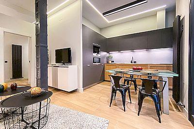 Reforma Integral Cambio de uso de Local a Vivienda de cocina y salón en Madrid