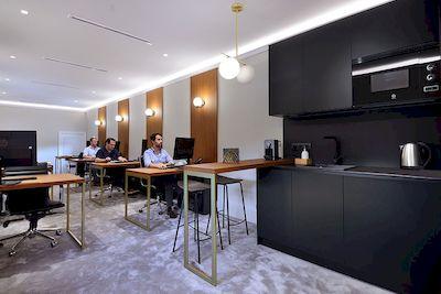 Reforma Integral de lujo en oficinas de Promora en la Moraleja Madrid