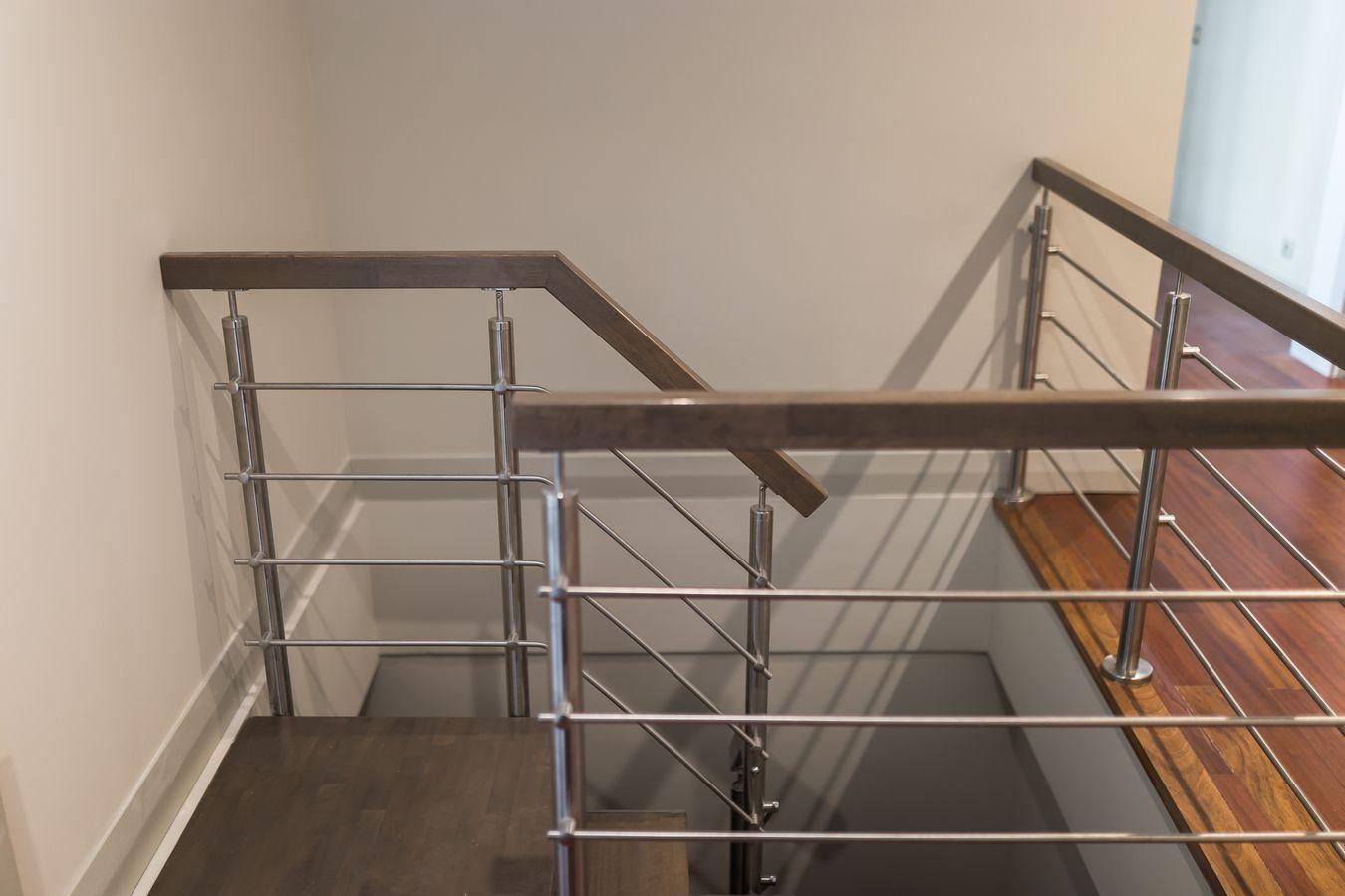Reforma Integral Casa Soto de la Moraleja - Detalle escalera