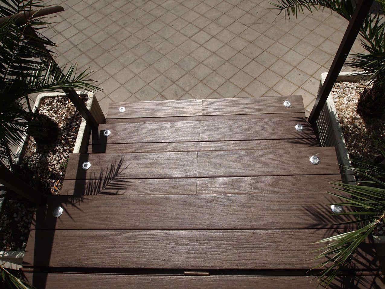 Reforma Terraza Restaurante - Detalle Escaleras Terraza